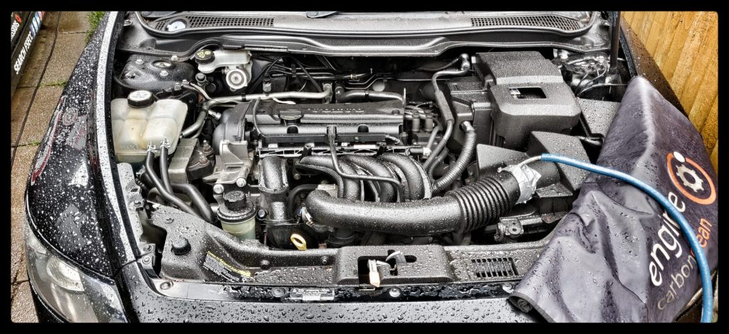 Diagnostic consultation and Engine Carbon Clean on a Volvo S40 1.6 petrol (2007 - 88,164 miles)